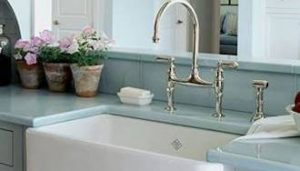 Kitchen and bar sinks